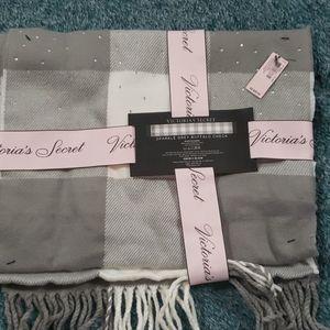 Victorias Secret sparkle buffalo check scarf NWT